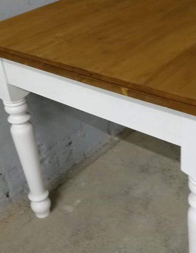 etkezo kihuzhatos esztergalt asztal mivesbutor 8 - Felújított Míves Bútorok
