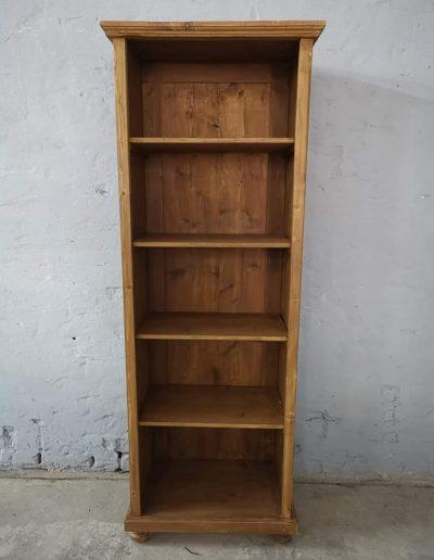 könyves szekreny keskeny 4polcos mivesbutor 1 - Felújított Míves Bútorok