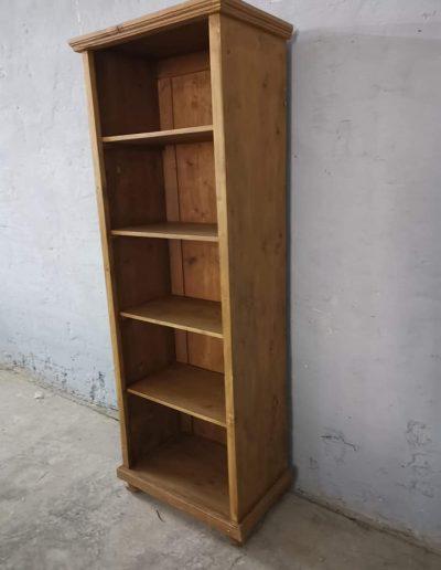 könyves szekreny keskeny 4polcos mivesbutor 3 - Felújított Míves Bútorok