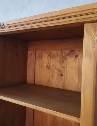 könyves szekreny keskeny 4polcos mivesbutor 4 - Felújított Míves Bútorok