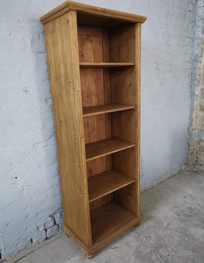 könyves szekreny keskeny 4polcos mivesbutor 5 - Felújított Míves Bútorok