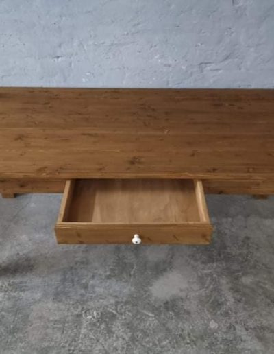 200 egyenes vax asztal mivesbutor 5 - Felújított Míves Bútorok