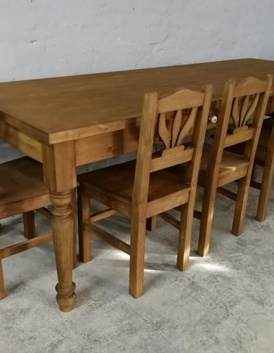 250 esztergalt vax asztal mivesbutor 10 - Felújított Míves Bútorok