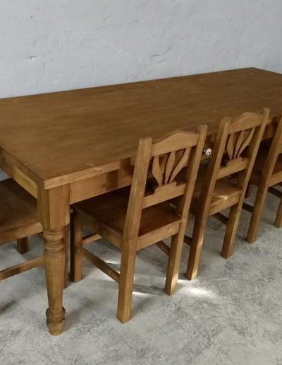 250 esztergalt vax asztal mivesbutor 3 - Felújított Míves Bútorok