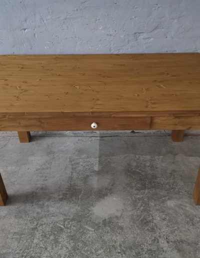 160 egyenes vax asztal mivesbutor 2 - Felújított Míves Bútorok