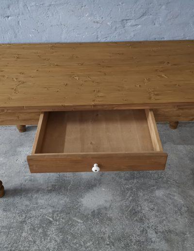 160 esztergalt vax asztal mivesbutor 5 - Felújított Míves Bútorok