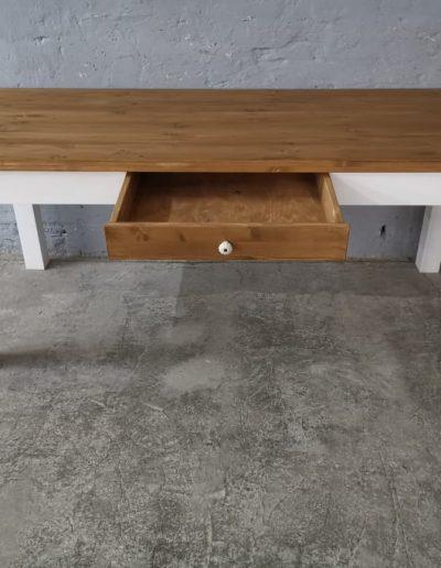 200 egyenes feher asztal mivesbutor 3 - Felújított Míves Bútorok