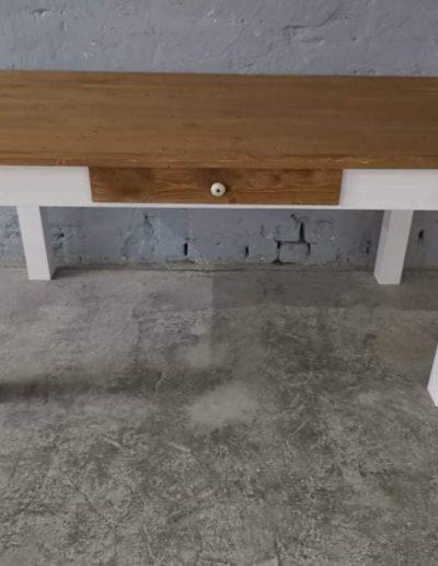 160 egyenes feher mivesbutor1 - Felújított Míves Bútorok