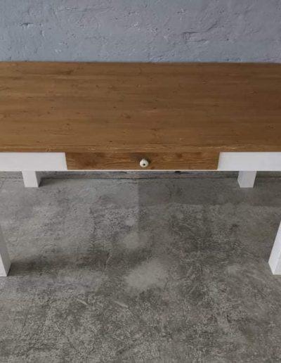 160 egyenes feher mivesbutor2 - Felújított Míves Bútorok