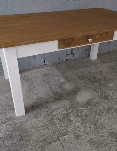 160 egyenes feher mivesbutor4 - Felújított Míves Bútorok