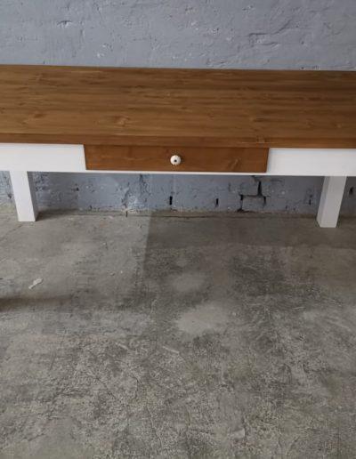 180 egyenes feher asztal mivesbutor 1 - Felújított Míves Bútorok