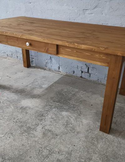 180 egyenes vax asztal mivesbutor 2 - Felújított Míves Bútorok