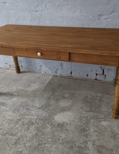 180 esztergalt vax asztal mivesbutor 2 - Felújított Míves Bútorok