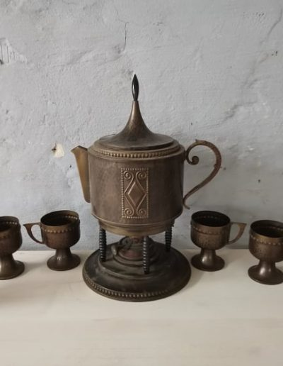 tea melegito mivesbutor 8 - Felújított Míves Bútorok